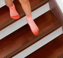 すべる防止付き階段
